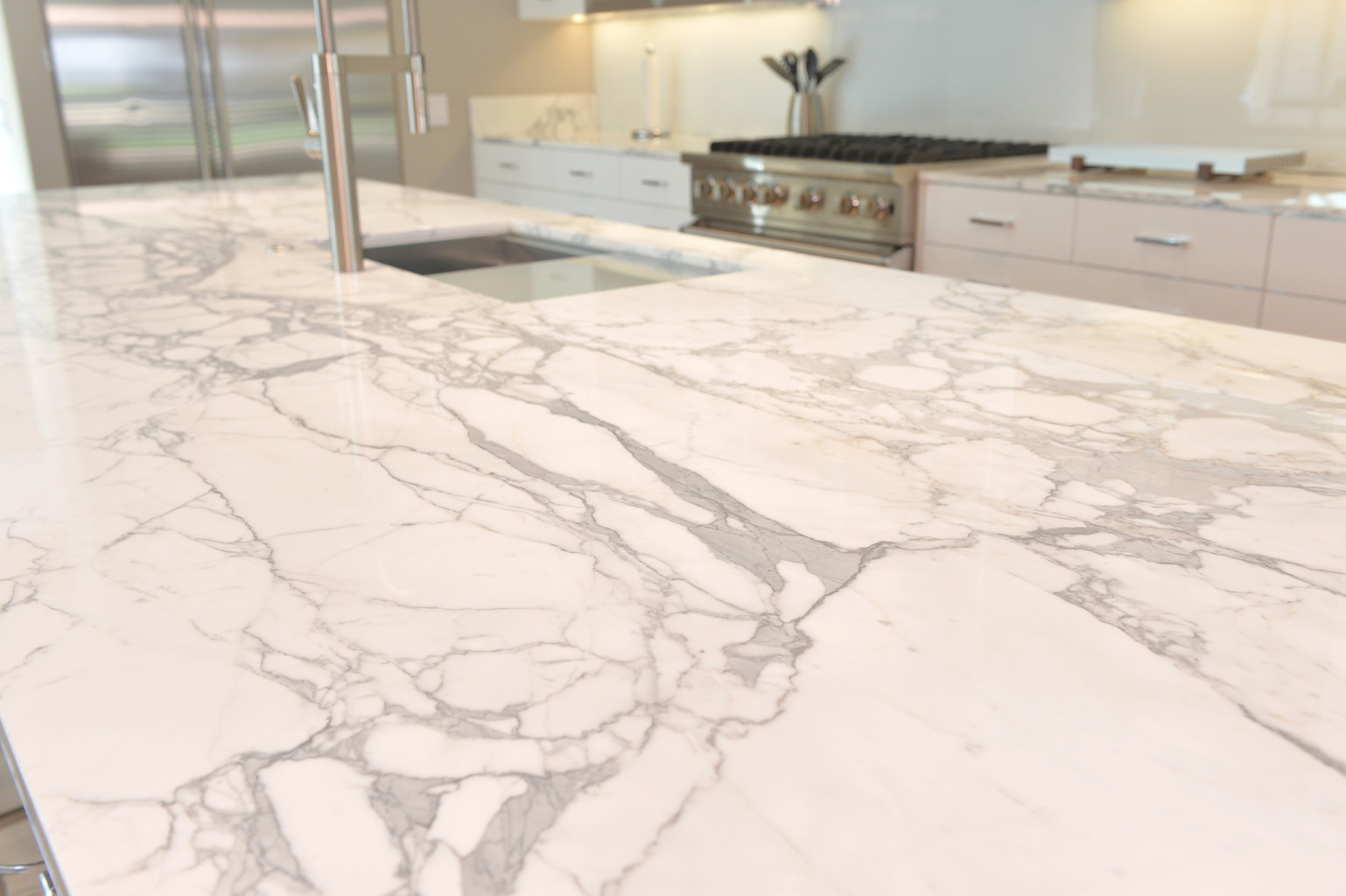 statuario marble kitchen.jpg